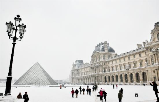 The Louvre Museum in Paris. © Dipankar Paul/FoloMojo
