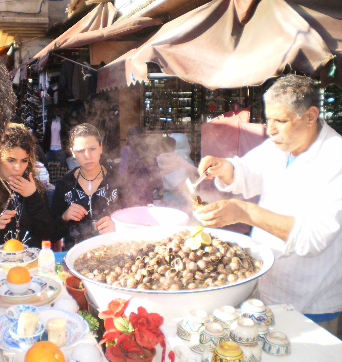 morocco-snails-stand