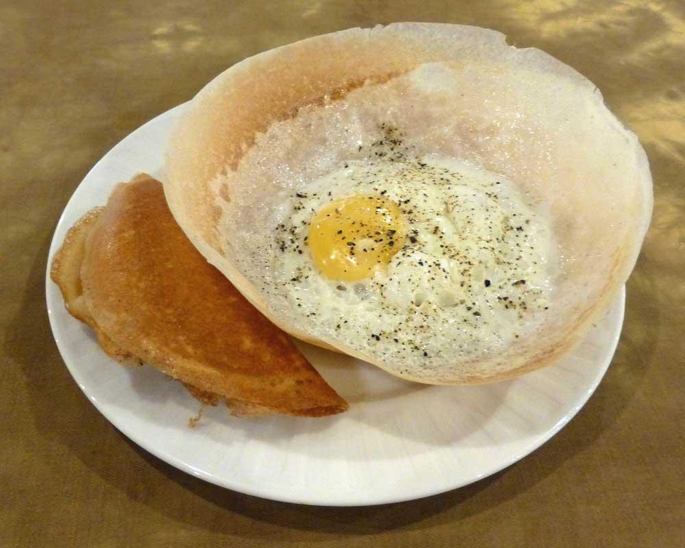 Sri_Lanka-Egg_hoppers