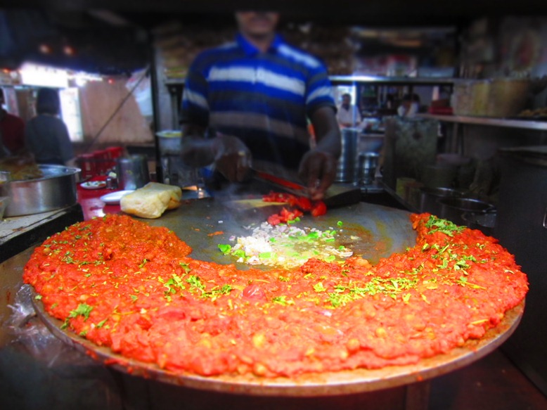 Haila! An original Mumbai Pav Bhaji recipe that will leave you craving for more