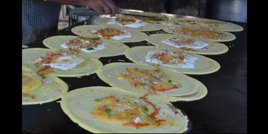 Want to savour the tastiest dosas ever made? 'Ram Ki Bandi' is your answer!