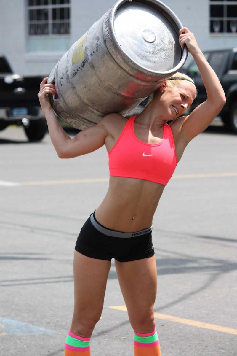 hot-strong-girl