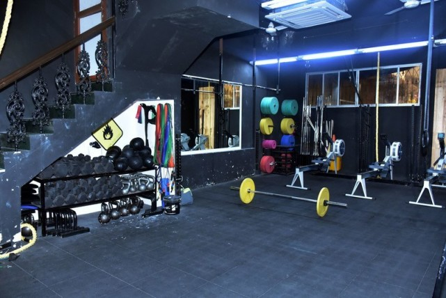 Image Courtesy :https://www.fitternity.com/crossfit-blackfire-andheri-west